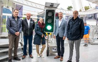 Eröffnung Riesenrad Interlaken (v.l. Nils von Allmen, Lorenz Krebs, Anja Bourquin, Daniel Sulzer, Urs Graf)