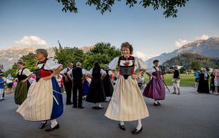Trachtengruppe an den Kulturbühne Unspunnen-Konzerten